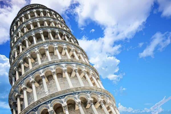 برج بيزا المائل | تحفة معمارية يعجز العقل عن تخيلها